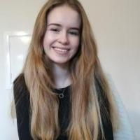 Annie C. 13 Plus English tutor, 11 Plus English tutor, A Level Englis...